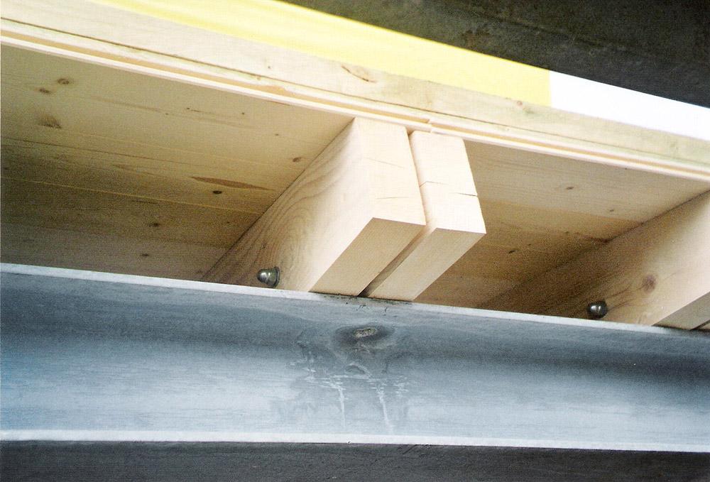 Legnami pordernone masutti legnami industria commercio - Tetto in legno bianco ...